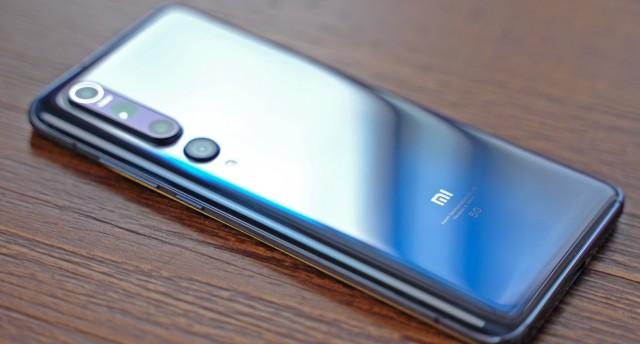 人生中第一台四千元的小米手机,小米10值不值得买?