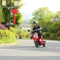 「体验」休闲生活的出行利器!本田电动摩托车V-GO深度试驾