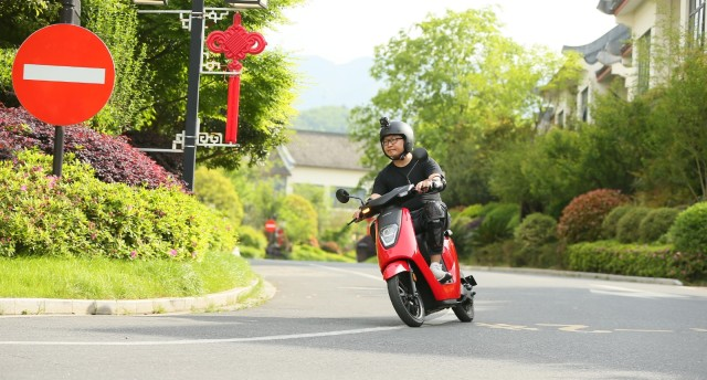 「體驗」休閑生活的出行利器!本田電動摩托車V-GO深度試駕