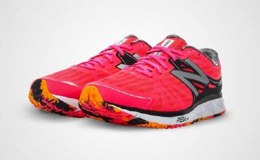 超輕緩震NB競賽跑鞋,新增穩定片,跑馬更輕松