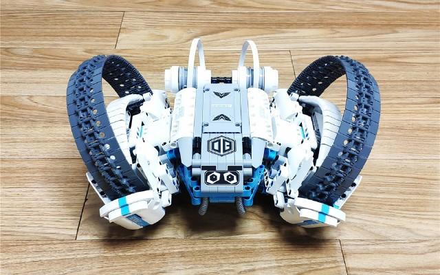 ONEBOT积木机器人反履机甲体验:大孩子和小孩子共同的快乐