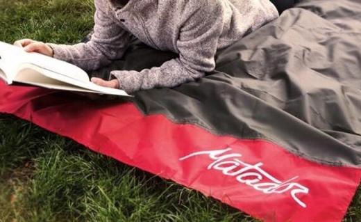 Matador戶外野餐墊:折疊僅手掌大小,防水耐磨超耐用