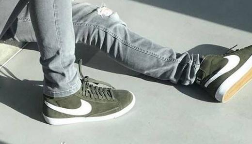Nike的第一双篮球鞋,NBA超巨曾穿它大杀四方