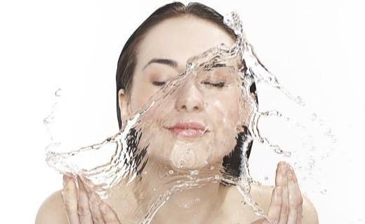 极果实验室:洗澡水大揭秘!看看你家的洗澡水干净吗?