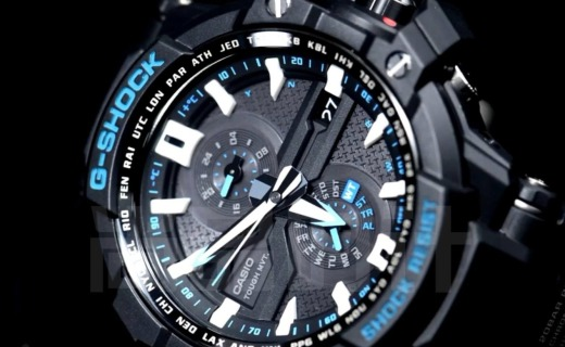 卡西欧G-SHOCK男士手表:双屏显示防水防震,酷炫配色动感潮爆