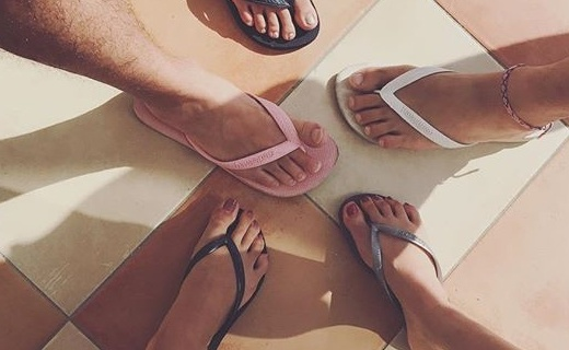 Havaianas人字拖:精選巴西天然橡膠,質感輕盈柔軟防滑