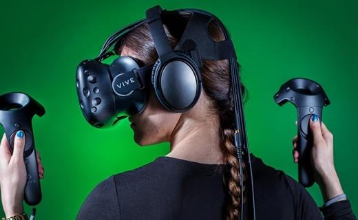 HTC Vive VR設備:360°移動追蹤,專用手柄模擬更逼真