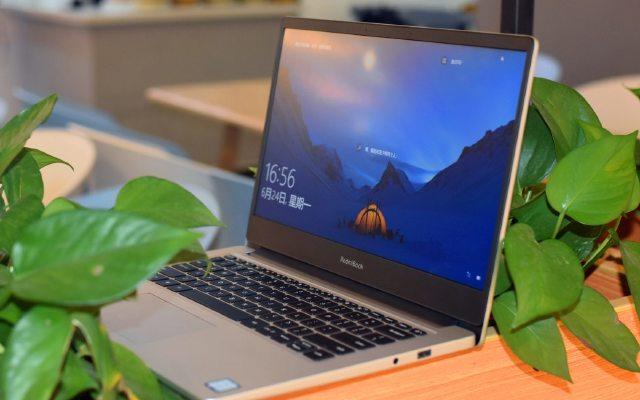 RedmiBook 全面测评,高性价比面前表?#36136;?#21542;依旧稳定