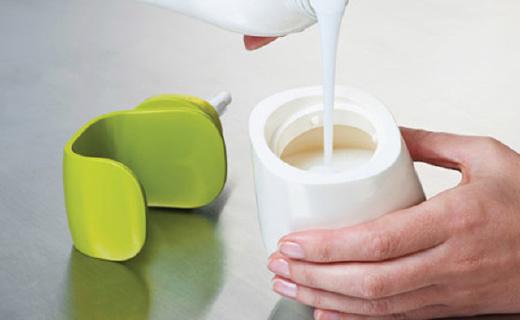 Joseph Joseph洗手液罐:C形壓泵單手輕松操作,更干凈衛生