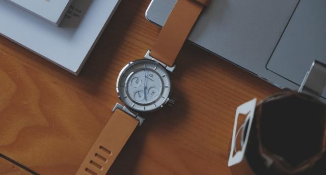 日式时尚,彰显品质:三宅一生W系列腕表