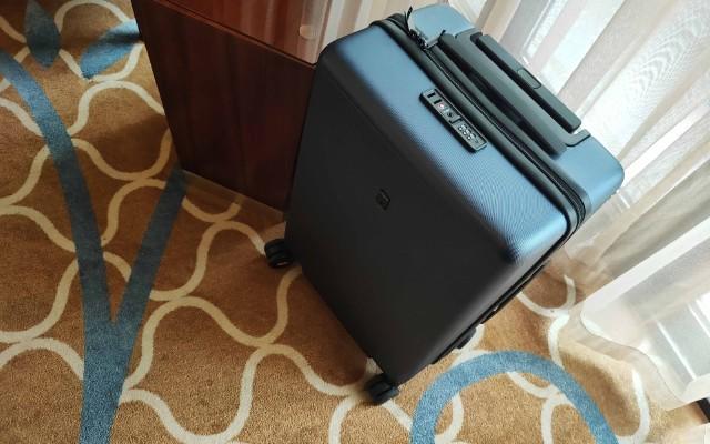 想剁手拉桿箱沒目標?20寸地平線8號行李箱送給自己新年的禮物
