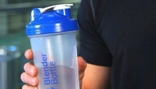 BlenderBottle搖搖杯:攪拌球技術迅速溶解,運動健身必備