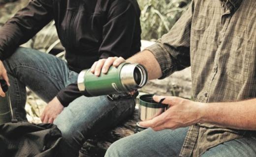 史丹利Classic Vacuum保溫杯:500ml不銹鋼杯身,長效保溫12小時