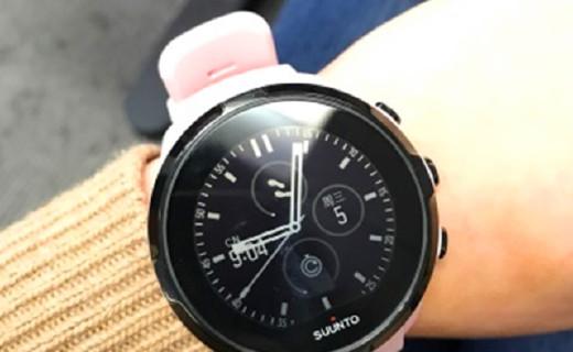 颂拓SPARTAN运动手表:触控操作使用方便,光电心率检测准确