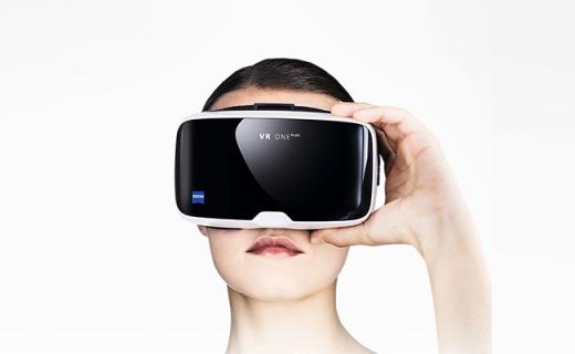 蔡司VR One Plus VR眼鏡:海綿眼墊佩戴舒適,顯示清晰銳利