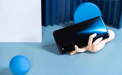 性價比十足的5G手機:144Hz+游戲加速,性能強悍游戲超流暢!