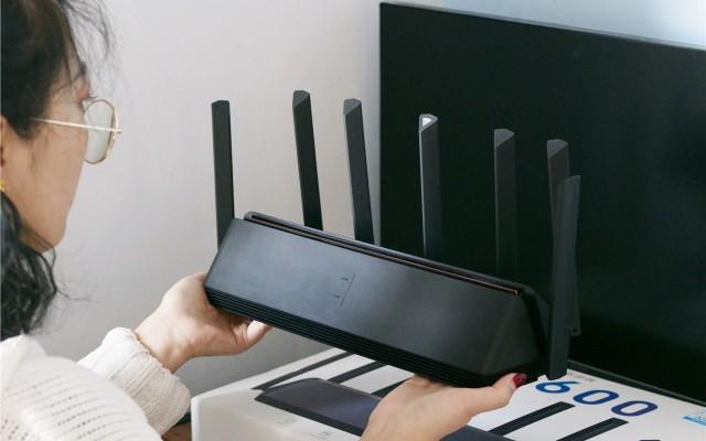 小米AloT路由器AX3600手機和電腦體驗WiFi6的流暢