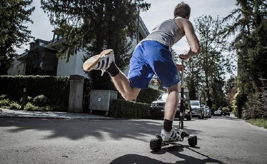 滑板車中的勞斯萊斯!再見了所有單車、電動車