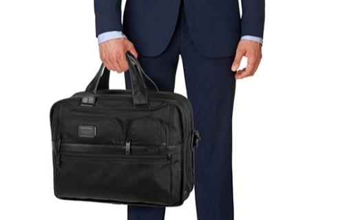 TUMI男士商務包:耐用彈道尼龍材質,可裝15英寸筆記本電腦