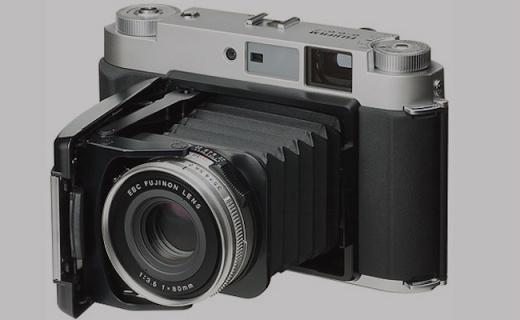 Fujifilm GF670 重新上架,膠片相機經典再現