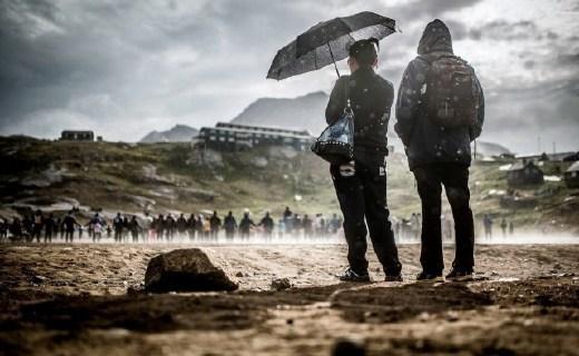 大風大雨也能堅挺不彎的雨傘,暴雨天也瀟灑