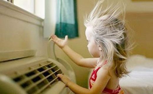奥克斯FLS空调扇:植物水帘降温不得空调病,5kg重量轻便易取放