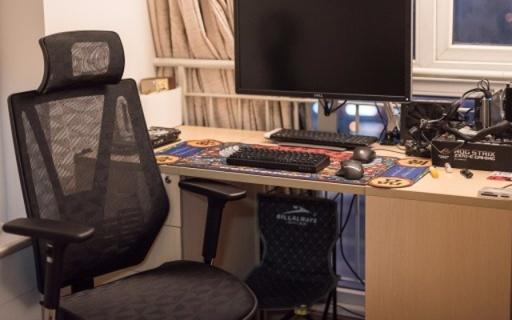 座椅可調節,能坐能躺,千元級別性價比之選 — 達寶利人體工學椅體驗