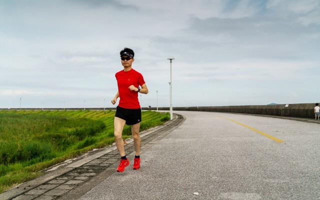 MICO跑步套裝來相助,助我越野路上猛如虎