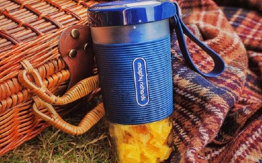 10秒变身果汁先生,摩飞便携榨汁杯让你懒到飞起也健康
