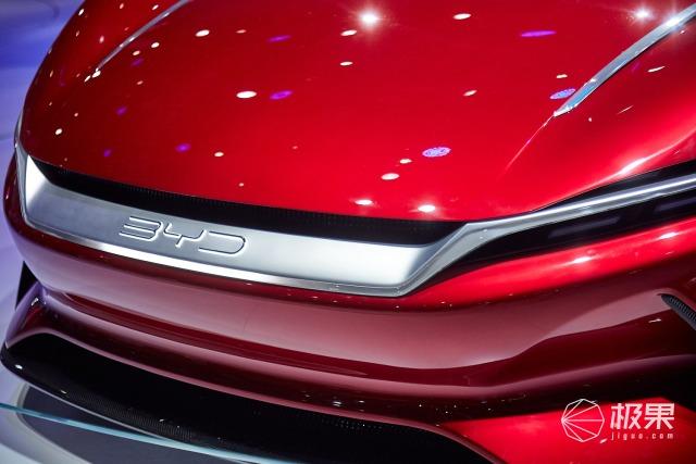 上海车展 比亚迪新品亮相,跑车造型狂吸睛,零百加速只需2.9秒!