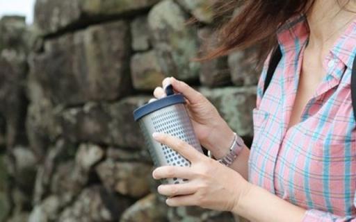 自帶法壓壺功能的保溫杯,讓你隨時隨地喝咖啡