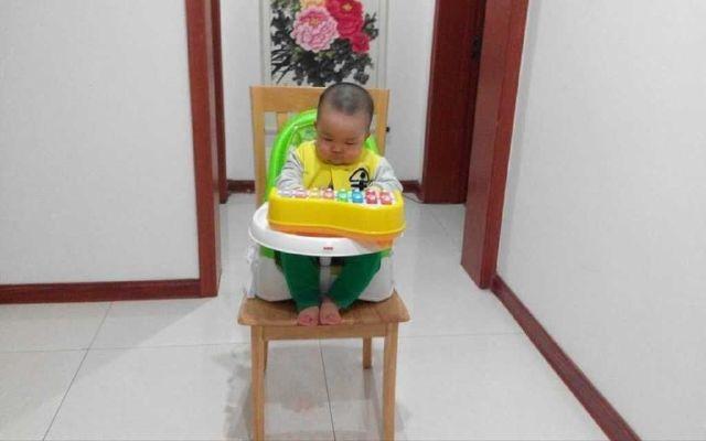 霸氣猛男一周成長記-費雪餐椅