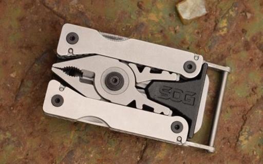 藏在皮带里的多功能工具,007看了都会喜欢 — 索格SYNC II 多功能皮带扣万博体育max下载