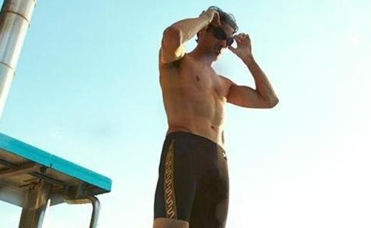 Speedo泳鏡:智能貼合面部設計,佩戴舒適不起霧