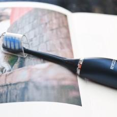 精致的佩奇:標配輕奢禮盒包裝,新晉國潮BYCOO電動牙刷真香
