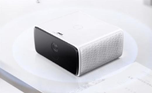 坚果C7投影电视发布:能当蓝牙音箱,仅售2199元!