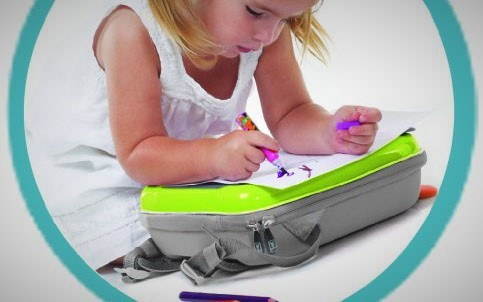 Ben Bat 书包:外壳自带塑料画板,可爱书包多功能设计