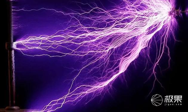真无线充电!科学家发现能量穿透奥秘,可为手机隔空充电