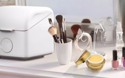 專為化妝品收納的小冰箱!美妝達人必備品