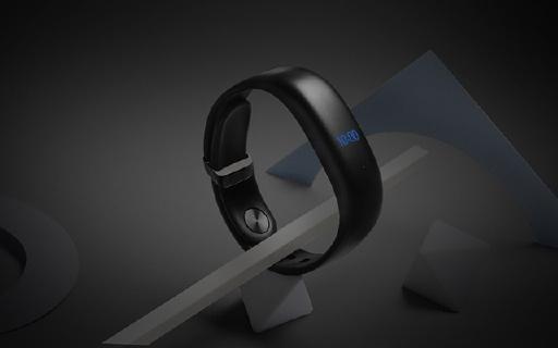 魅族首款智能手环,隐藏式屏幕,自带心率计
