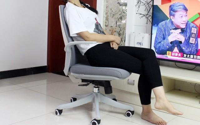 简?#32423;?#19981;简单,为您坐得更好,西昊人体工学椅体验