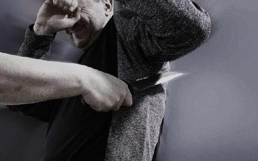 世界上最锋利的刀,也割不破这件衣服!