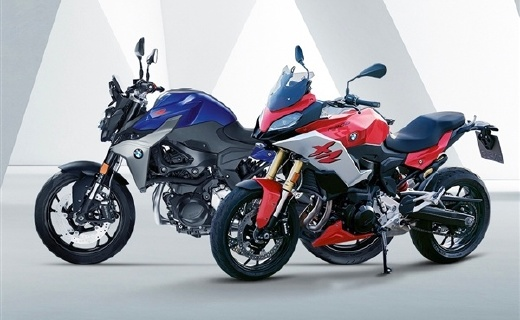 寶馬旗下豪華運動摩托車F900系列正式登陸國內,售價10.59萬元起