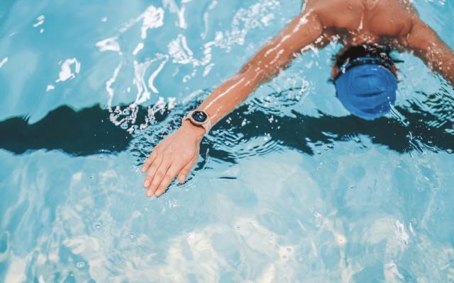 佳明(新品:本能)GPS腕表,为生活添乐趣