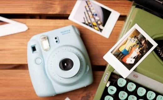 富士Instax mini8拍立得:超Q可愛外觀,美顏自拍停不下來