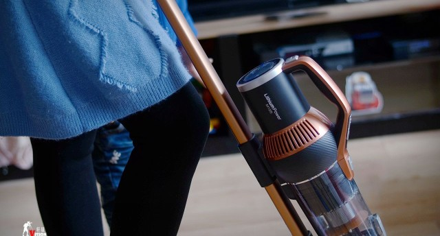 吸塵小幫手,臟污一掃凈 | 萊克M12S無線吸塵器評測
