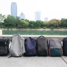通勤该背哪种包?6款简约双肩包使用评测