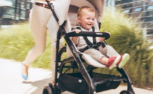 英吉利那嬰兒推車:一按一提秒收合,滾珠式軸承避震呵護寶寶