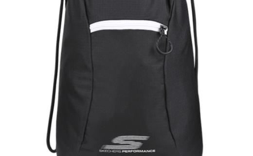 斯凯奇抽绳双肩背包:材质轻便耐磨易打理,便携能装运动必备