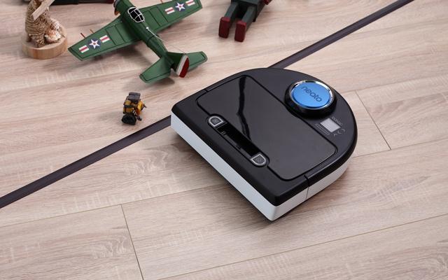 Neato 掃地機器人 BV-D8500